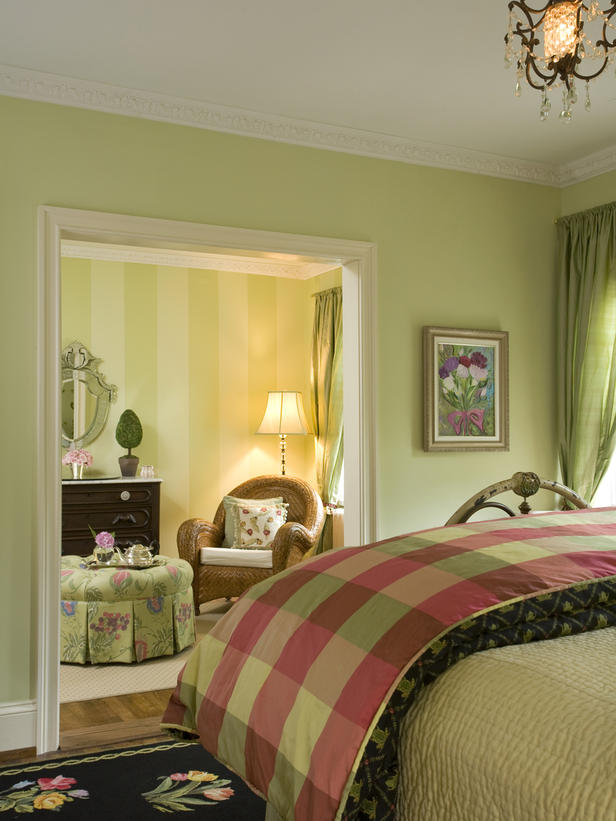 17 Dreamy Green Bedrooms | Green bedrooms, Pheasant and Settees